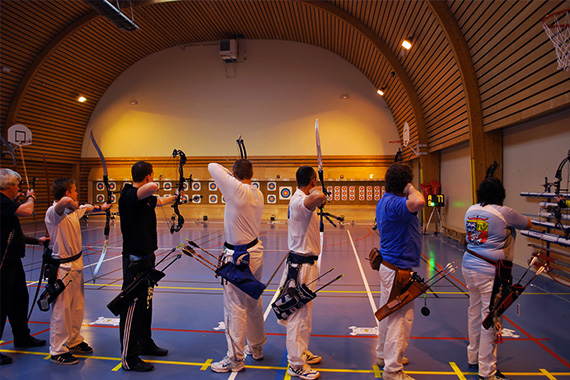 Archers en salle 2x18m